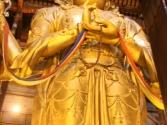 Ogromny posąg buddy. Świątynia Gandam