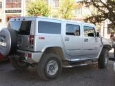 No i tradycyjny mongolski środek transportu - Hummer