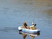 Spływy pontonem pozwalały na penetrację większych odcinków