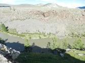 Czulut w okolicach kopalni złota, woda koloru stepowego piasku